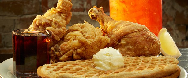 Lo-Los Chicken and Waffles